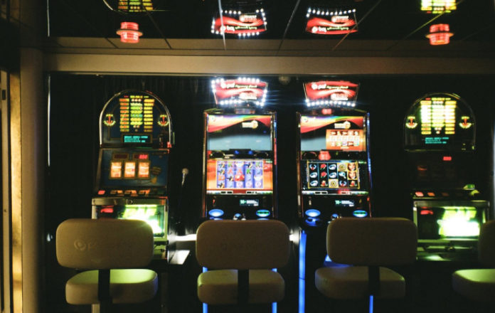 Gambling on the stock market: are retail investors even playing to win?
